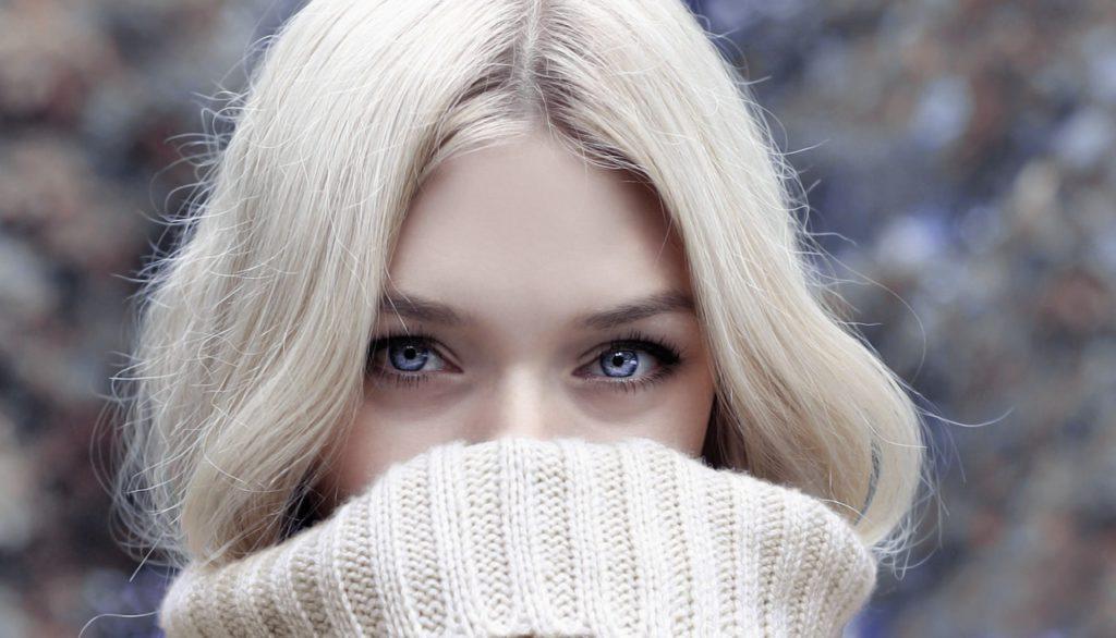 красивая женщина кожа